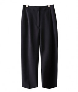 <br> Loose Pintuck Bending Slacks <br> [Return can not be exchanged]