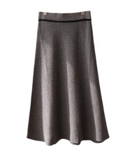 <br> Herringbone Slim Flare Knit Skirt <br><br>