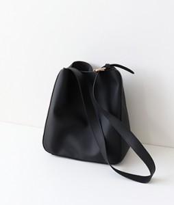 <br> Daily Shoulder cross Bag <br><br>