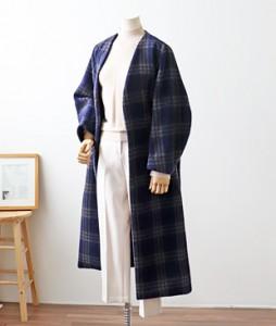 <br> Comfort Check Long Coat <br><br>