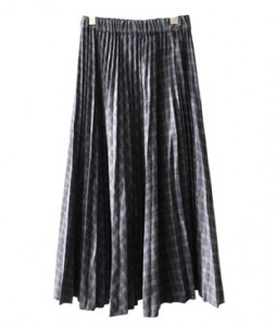 <br> Wool Check Wrinkles Skirt <br> <b><font color=#253952>The skirt fourth place product</font></b>