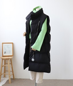 <br> Duck Down Diagonal Long Vest <br><br>
