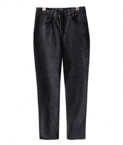 <br> Daily Black Denim Straight Pants <br><br>