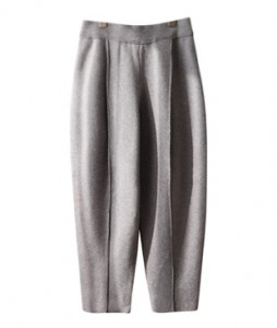 <br> Pintuck Baggy Knit Pants <br><br>