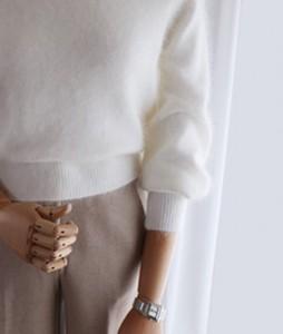<br> lila angora knit <br><br>