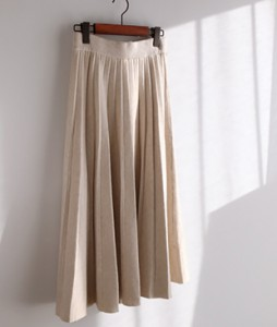 <br> real pleats sk <br><br>