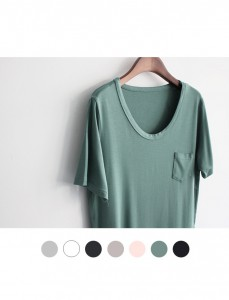 <br> Berry Seal One Pocket Tee <br><br> [return and non-replaceable product]