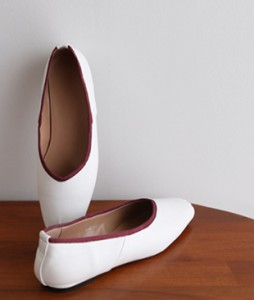 Bebe Flat shoes <br>