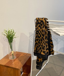 Leopard key point scarf <br>