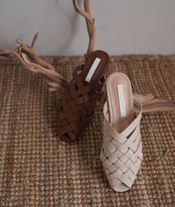 Muly cross shoes <br>