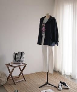Silky zipper jacket <br>