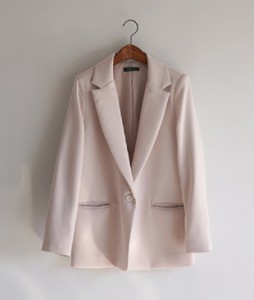 <FONT color=#d8a4a4>[50% Accompanying Sale!]</font> Arden Kara jacket <br>