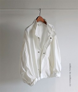 <FONT color=#d8a4a4>[50% Accompanying Sale!]</font> Ofon Dia jacket <br>