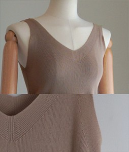 bili V-neck[599] Sleeveless shirtsknit <br>