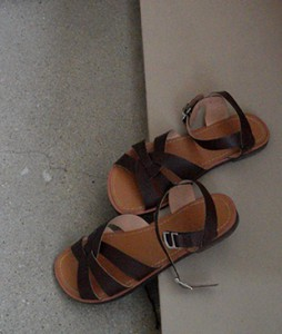 Some ankle[893] sandal <br>